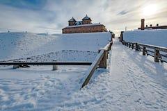 Middeleeuws kasteel bij de winter royalty-vrije stock foto's