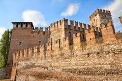 Middeleeuws kasteel Scaligero in Verona Stock Foto