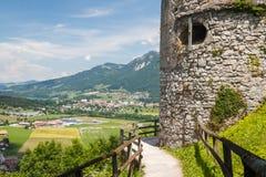 Middeleeuws kasteel van Gruyeres stock foto