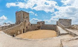 Middeleeuws Kasteel van Monsaraz in Alentejo royalty-vrije stock afbeeldingen