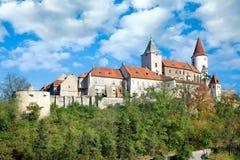 Middeleeuws koninklijk gotisch kasteel Krivoklat, Tsjechische republiek Stock Fotografie