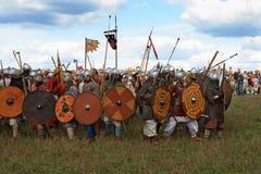 Middeleeuws militair festival Voinovo Pool (het Gebied van Strijders) Stock Foto