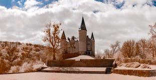 Middeleeuws Veves-kasteel dichtbij Namen, infrarode mening Royalty-vrije Stock Afbeeldingen
