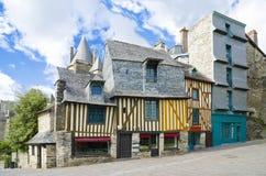 Middeleeuwse Franse huizen, de stijl van Bretagne van huizen Stock Foto