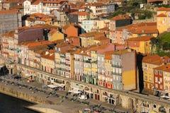 Middeleeuwse gebouwen bij de strandboulevard. Porto. Portugal royalty-vrije stock afbeeldingen