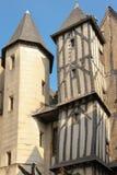 Middeleeuwse gebouwen in de oude stad reizen frankrijk royalty-vrije stock fotografie