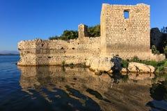 Middeleeuwse gevangenis in het midden van Skadar-Meer Royalty-vrije Stock Foto