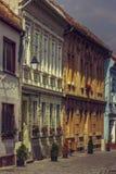 Middeleeuwse huizen en promenade Stock Afbeelding
