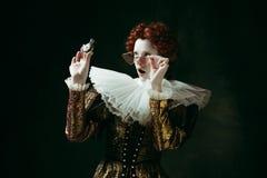 Middeleeuwse jonge vrouw als hertogin royalty-vrije stock afbeelding