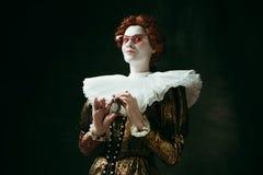 Middeleeuwse jonge vrouw als hertogin royalty-vrije stock foto's