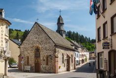 Middeleeuwse kerk in Vianden stock afbeelding