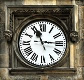 Middeleeuwse klok in Praag stock foto's