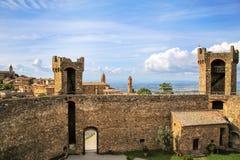 Middeleeuwse Montalcino-Vesting in Val D 'Orcia, Toscanië, Italië royalty-vrije stock fotografie