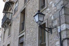 Middeleeuwse, Oude en typische huizen van de Spaanse stad van Cuenca, Stock Fotografie