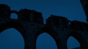 Middeleeuwse Ruïnes bij Nacht stock video