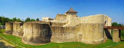 Middeleeuwse ruïnes van Suceava-vesting royalty-vrije stock fotografie