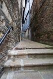 Middeleeuwse steeg in Morlaix, Bretagne Stock Foto's