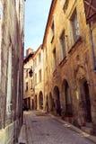 Middeleeuwse straat in Frankrijk Stock Foto's