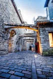 Middeleeuwse straatst Catherine Passage in Tallinn, Estland Stock Fotografie