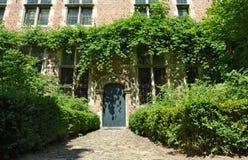 Middeleeuwse Vlaamse huisvoorzijde royalty-vrije stock afbeeldingen