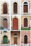 Middeleeuwse voordeuren met rond gemaakte boog Royalty-vrije Stock Afbeelding