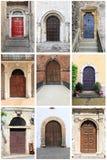 Middeleeuwse voordeuren met rond gemaakte boog Royalty-vrije Stock Foto's