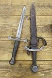 Middeleeuwse zwaarden Stock Foto's