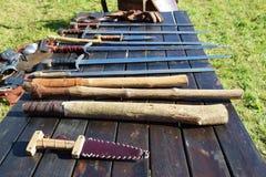 Middeleeuwse zwaarden en spades Royalty-vrije Stock Afbeeldingen