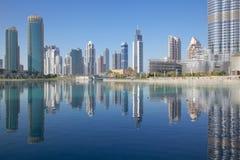 Midden-Oosten, Verenigde Arabische Emiraten, Doubai, Burj Khalifa & Fonteinmeer Stock Afbeelding