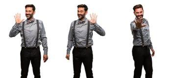 Middenleeftijdsmens die een kostuum dragen stock foto's