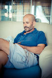 Middle age man using phone Royalty Free Stock Photos