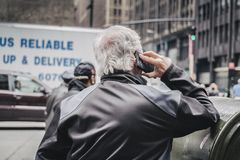 Middle age white man on the phone in New York Street Stock Photos