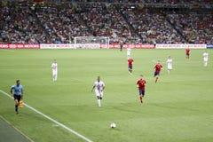 Midfielder Nani (in wit) en verdediger Jordi Alba Stock Foto