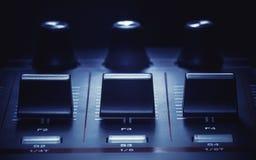 Midi-Kontrolleur Details lizenzfreie stockfotografie
