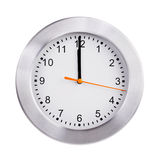 Midi sur le cadran de l'horloge ronde Photos stock