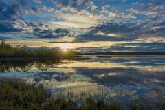 Midinight in Rovaniemi, Noordpooltuin royalty-vrije stock afbeeldingen