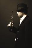 Midnatt gangster i tappningblick royaltyfria bilder