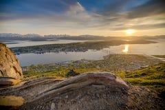 Midnatt sol i Tromso, Norge Royaltyfri Foto