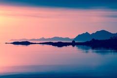 Midnight słońce Obraz Royalty Free
