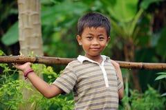 Miúdo da vila de Assian Fotos de Stock