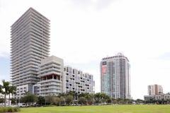 Midrise和高层建筑在中间地区 库存图片