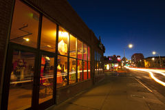 Midtown-Einkaufen stockfoto