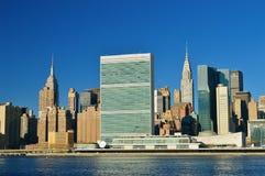 Midtown Manhattan au jour ensoleillé Images libres de droits