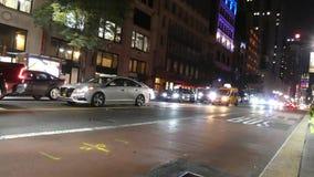 Midtown Manhattan nachts stock video