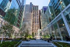 Midtown Manhattan New York City da rua do pátio 42nd Fotografia de Stock Royalty Free