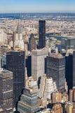 Midtown Manhattan Stadtbild am Mittag Stockbilder
