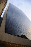 Midtown-Manhattan-Wolkenkratzer an der Dämmerung Lizenzfreie Stockbilder
