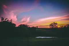 Выгон Midwest на заходе солнца стоковые изображения rf