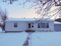 Midwestern σπίτι το χειμώνα Στοκ φωτογραφία με δικαίωμα ελεύθερης χρήσης