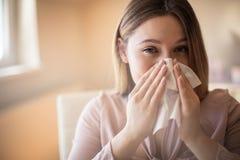Mieć_nadzieja ten grypa iść daleko od szybko fotografia stock
